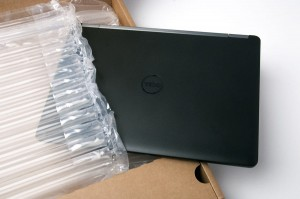 NOWY Laptop Dell E7470 i5-6300U 8GB 256 SSD FHD IPS BT W10 BOX